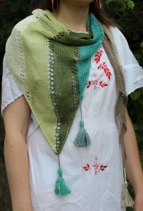 MaddieHarveyDesigns_HoverShawl9
